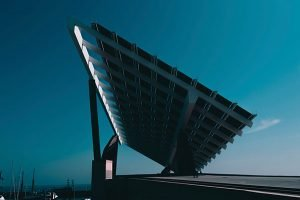 how much does a typical solar panel weigh